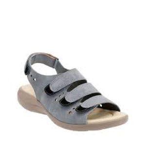 NEW Clarks Saylie Witman fisherman sandals 11W